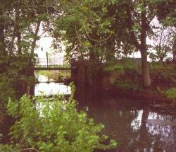 Die Dückerschleuse bei Witzeeze: eine der wenigen erhaltenen Stauschleusen des Kanals