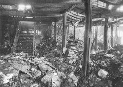 250.000 Bücher verbrannten durch den Bombenangriff vom 29.4.1942