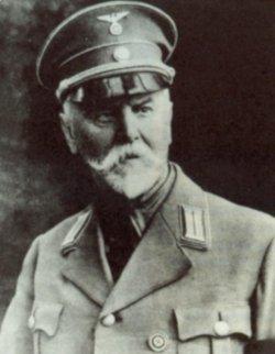 """Friedrich Andersen (1865 - 1940) war Vordenker der 1921 begründeten """"Deutschkirche"""", 1925 trat er in die NSDAP ein, 1937 wurde der Hauptpastor Ehrenbürger von Flensburg"""
