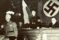 Landessynode der Hamburgischen Kirche am 5.3.1934. Am Rednerpult - in Uniform - der neue Bischof Franz Tügel
