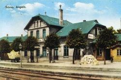 Kreuzungspunkt zwischen Kleinbahn und der Strecke Kiel-Flensburg: Der Bahnhof Sörup in Angeln 1915