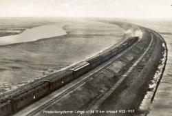 Mit Volldampf durch das Watt: Luftaufnahme des Sylter Photographen Pförtner von 1927