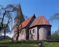 Feldsteinkirchen - wie die von Ratekau - gehören zu den ältesten im Lande