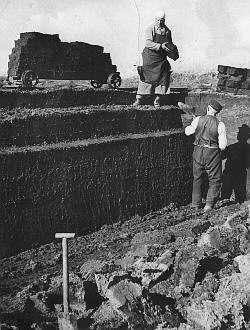 Torfabbau im Weißen Moor um 1930