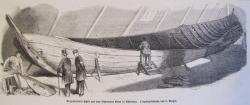 Die Zeichnung einer Leipziger Zeitung von 1865 zeigt, wie das Nydamboot auf dem Speicher des Gerichtsgebäudes in Flensburg gefunden wurde