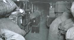 Blick in den Gepäckraum des Seemannsheims in Geestemünde um 1900