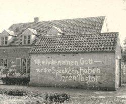 """Schmierereien der """"Deutschen Jungenschaft"""" am dänischen Pastorat in Schleswig"""