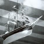 """Das Schiffsmodell """"Emanuel"""" im Dithmarscher Delve an der Eider wurde der Kirche 1877 als """"ewiges Andenken"""" von der örtlichen Schiffergilde gestiftet"""
