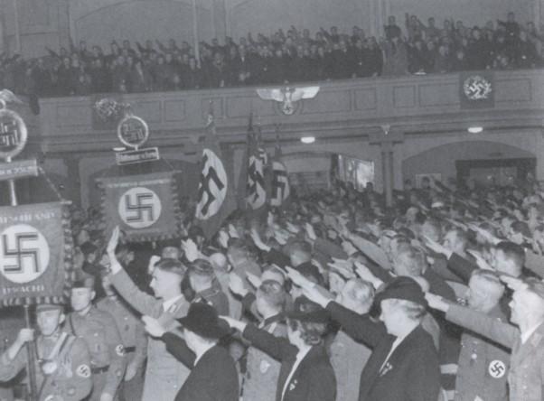 Feier zum 10. Tag der Machtergreifung im Stadttheater Heide
