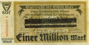 Kieler Notgeld von 1923, gestern noch ein halbe, heute umgestempelt auf eine Million Mark. Am Ende waren es Milliarden und Billionen.