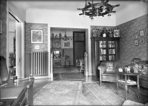 Gutbürgerliches Wohnen 1922 – Blick ins Arbeitszimmer von Admiral a.D. Gustav Schmidt